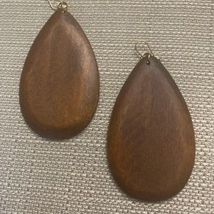 Brown wood teardrop earrings